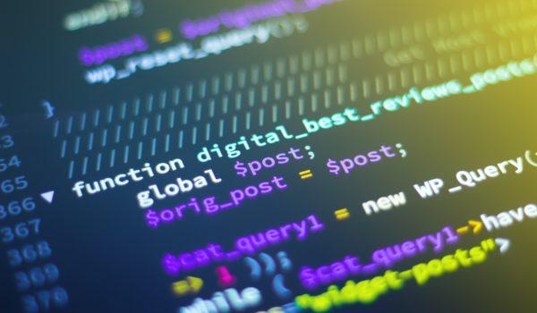Tecnologia ajuda marcas e agências no combate à desinformação